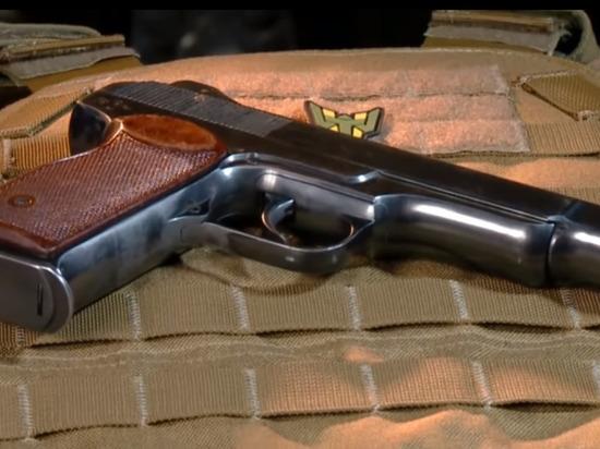Школьник с пистолетом взял в заложники казанскую гимназию