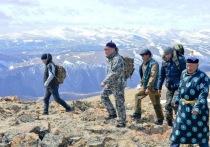 Власти Тувы планируют  утвердить порядок освящения пяти главных горных вершин