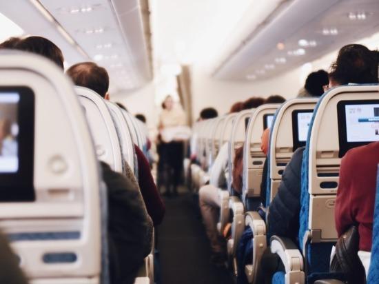 Родители и дети должны лететь рядом