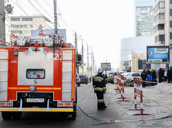 Новая волна: волгоградцев эвакуируют из торговых центров и вокзалов