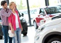Петербуржцы стали чаще покупать автомашины в кредит