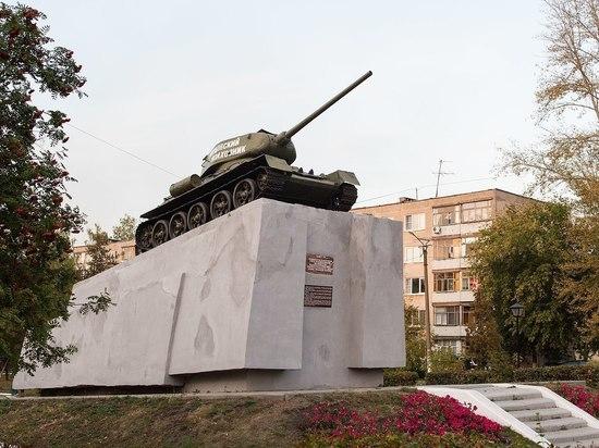 В Саранске хулиганы забрались на два памятника ВОВ