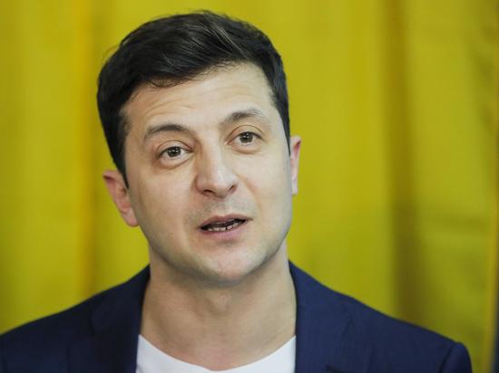 Топорик Зеленского: как президент Украины будет менять политсистему
