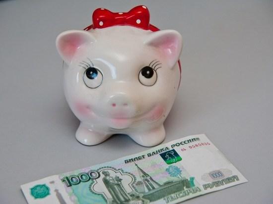 Волгоградские лжеполицейские вымогали у продавщицы 4 тысячи рублей