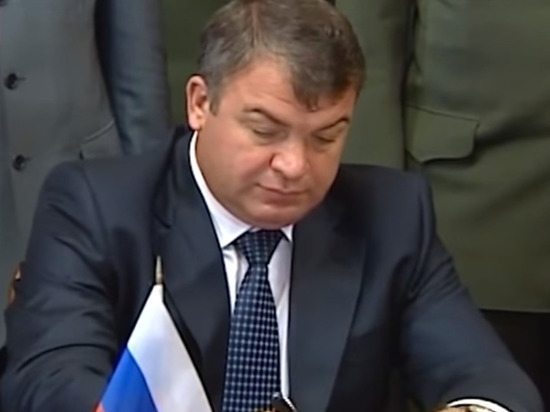 Анатолий Сердюков возглавил Объединенную авиастроительную корпорацию