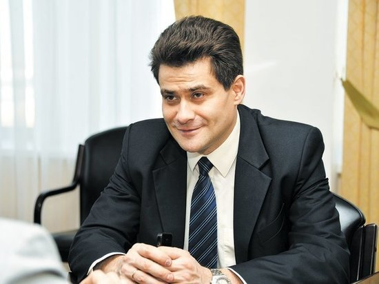 Мэр Екатеринбурга оправдался за отказ выйти к противникам храма