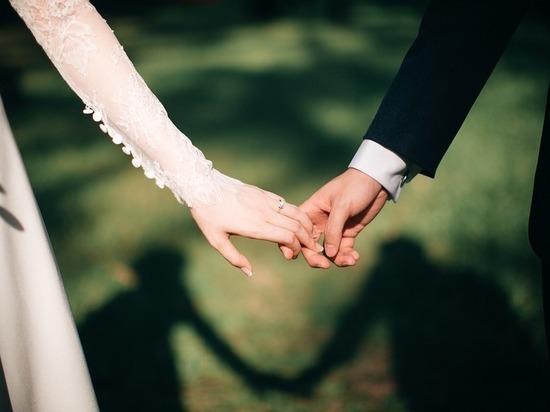 Иностранец женился на волгоградке фиктивно ради гражданства