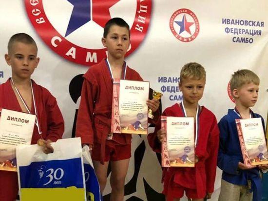 Семь медалей завоевали самбисты из Иванова на открытом первенстве области