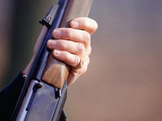 Житель Кубани застрелил собутыльника, плохо сказавшего про его маму