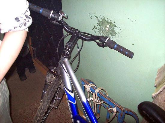 В Козловке школьники украли из подъезда два велосипеда