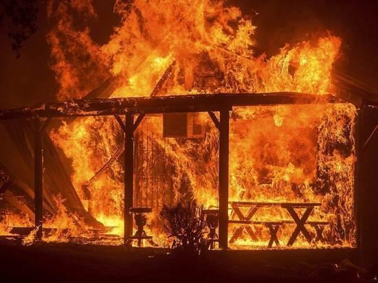 Двое сгорели на пожаре дома в СНТ «Радуга» под Читой
