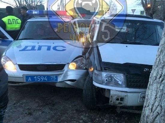 Полицейским пришлось идти на таран для остановки угонщика в Борзе