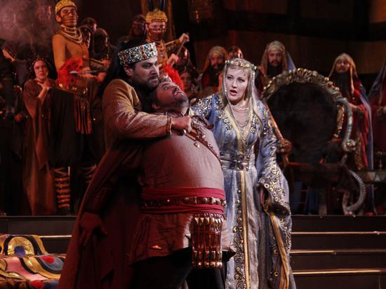 Режиссерский дебют Ильдара Абдразакова обернулся победным шествием «Аттилы»