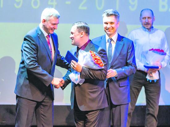 Сургутский ЗСК отметил 35-летие