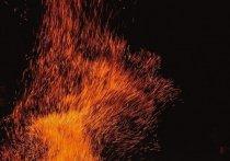 Пожарные спасли пенсионера из огня в Ноябрьске