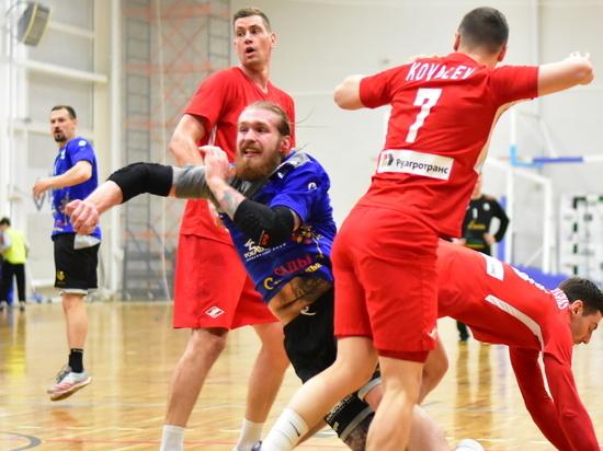 Ставропольские гандболисты потрепали нервы московским