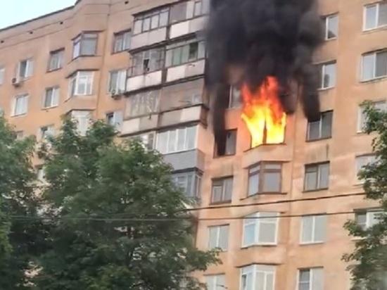 Четверо пострадали на пожаре на улице Октябрьской Революции