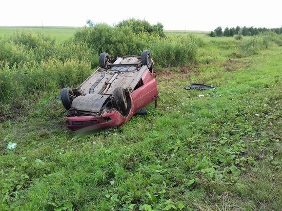 Три человека пострадали вчера в ДТП на калмыцких дорогах