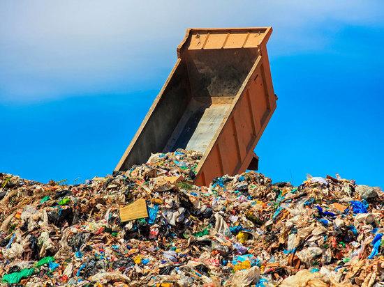 Деньги из ведра:  за что жители Тверской области платят по «мусорным» квитанциям