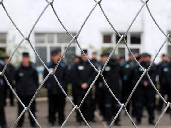 Осужденные забайкальской колонии подкупили сотрудника за 10 тыс рублей