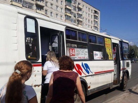 В Кирове травмировалась пассажирка автобуса