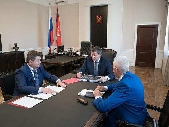 Бочаров сверил выполнение нацпроектов с главой совета муниципалитетов