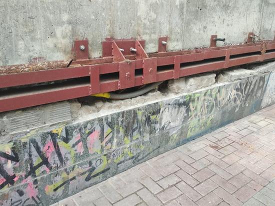 «Исчезновение» арт-объекта стало заметно после демонтажа троллейбуса-ресторана