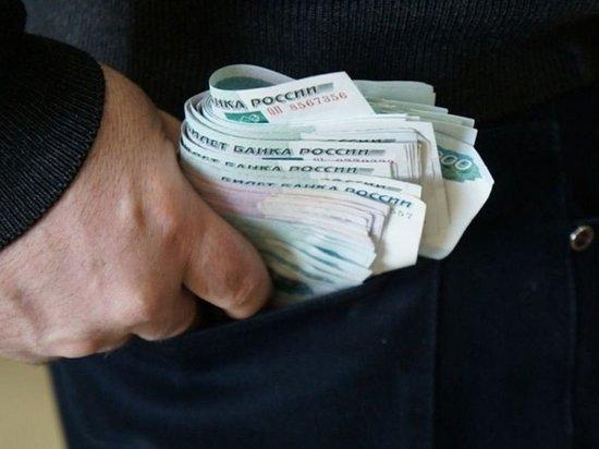 В Иванове внук несколько месяцев воровал у своей бабушки деньги с банковской карты