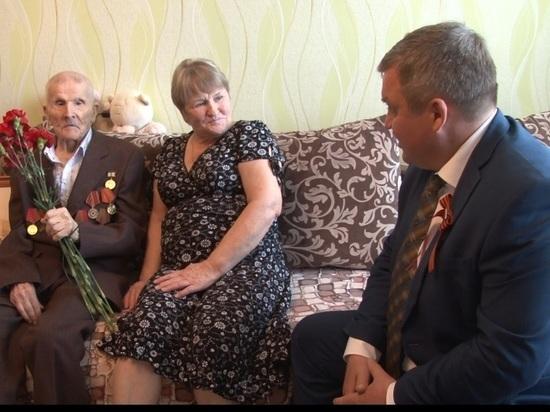 Воронежские парламентарии помогли ветеранам