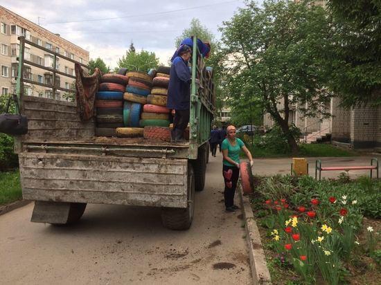 Из дворов Московского района за день вывезли 1,7 тонны автошин