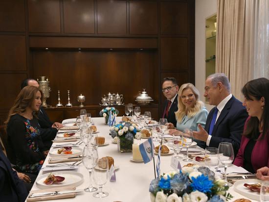 Премьер-министр Биньямин Нетаниягу с супругой приняли супругу президента Гватемалы
