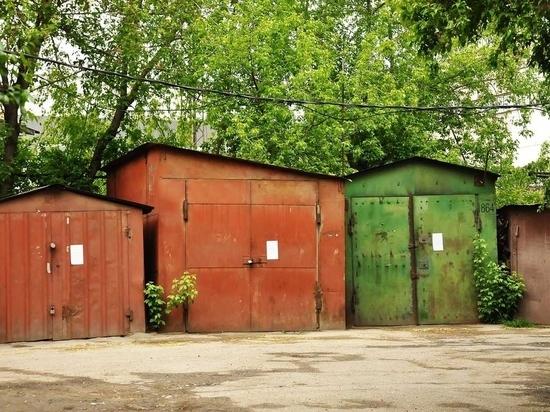 В Октябрьском округе Иркутска снова убирают гаражи