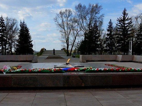 В Иркутске реконструируют территорию у «Вечного огня»