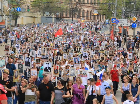 В шествии «Бессмертного полка» участвовало более 35 тысяч жителей Нижнего Новгорода