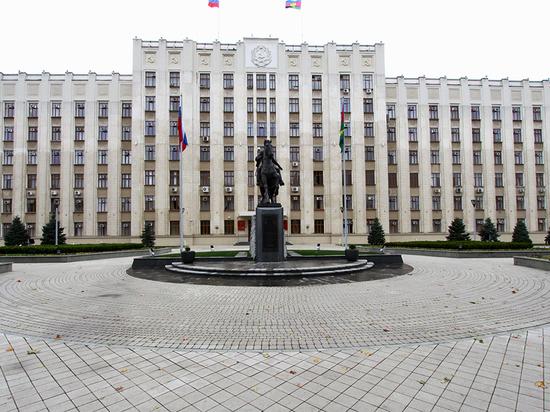 Интерфакс: двух крупных чиновников минсельхоза Кубани задержали при получении 3 миллионов