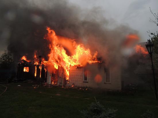 Из-за прошедших гроз в Удмуртии загорелось 2 дома
