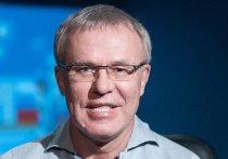Вячеслав Фетисов поддерживает строительство спортивного центра в Туве