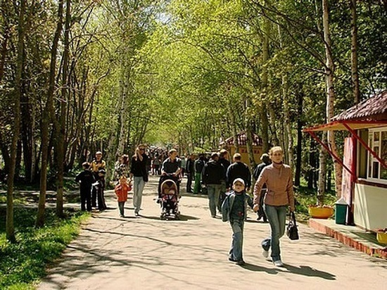 Городской парк в Южно-Сахалинске обновляется