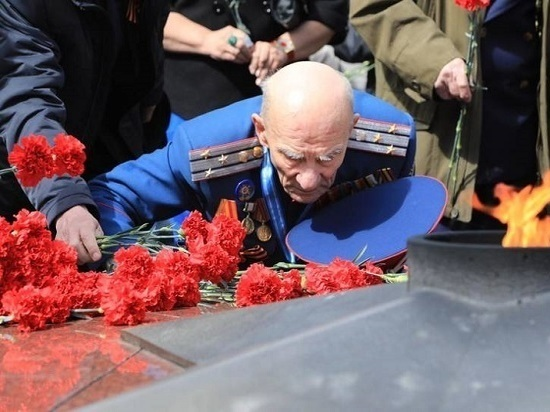 Десятки тысяч сахалинцев и курильчан приняли участие в торжествах
