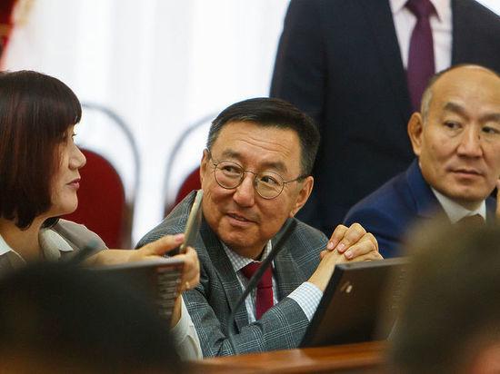 Иринчей Матханов: «Партия обязательно выдвинет кандидата на пост мэра Улан-Удэ»