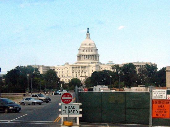 Законопроект о санкциях за вмешательство в выборы одобрен комитетом Сената США