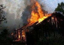 В Хакасии горели надворные постройки в Бейском районе