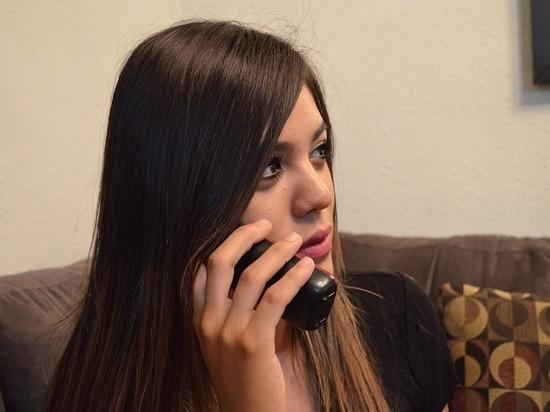 Тюменцы для решения психологических проблем используют детский телефон доверия