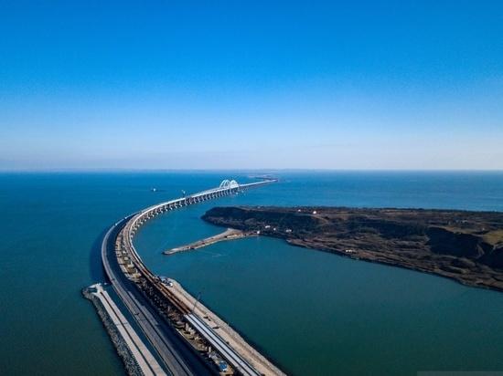Крымский мост назвали удавкой для украинских портов