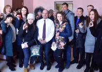 Больше 20 медработников Тазовского получили квартиры