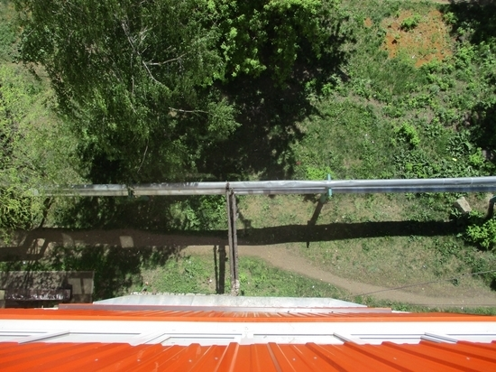 В Мордовии маленькая девочка выпала с балкона 6 этажа