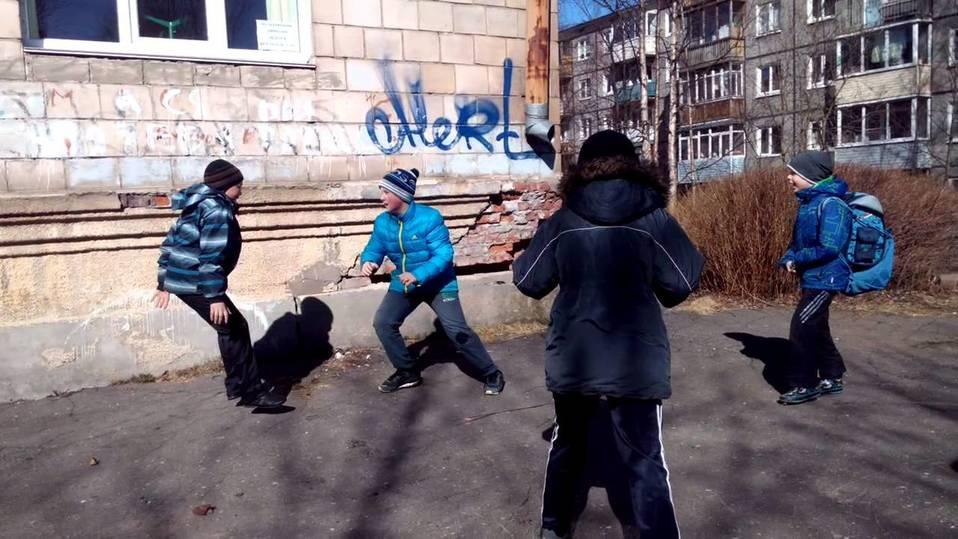 Детский телефон доверия: как психологи спасают ребятишек в Тверской области