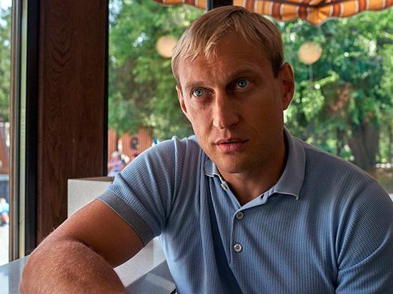 Приучает сокамерников к ЗОЖ: как живет экс-мэр Евпатории Филонов в СИЗО