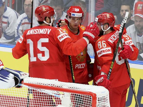 Российские хоккеисты выпили полторы сотни кружек пива, празднуя победу на Чехией