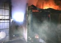 Строительные вагончики сгорели в Калуге